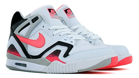nike-air-tech-challenge-triax-1.jpg